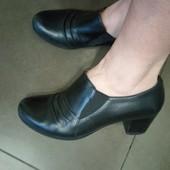 Удобные туфли из натуральной кожи снаружи и внутри. Германий. 24-24,5 см