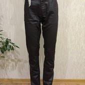 Новые стрейчевые джинсы под кожу. Европейский размер 44 и 46.