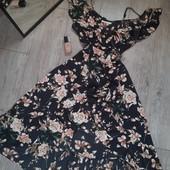 Бомбезное платье валаны цветы очень милое и нежное
