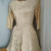 фактурное шикарное платье