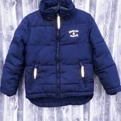 Качественная куртка, сзади удлинённая, на 4-5 лет. Деми, еврозима.