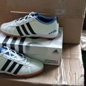 Кожаные футбольные Кроссовки фирма Adidas. производство Индонезия.
