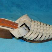 кожаные шлепанцы 36 размер