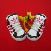 Кроссовки ботинки Adidas оригинал 21-22 разм 13 см