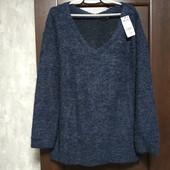 Фирменный новый теплый свитер-букле р.18-22