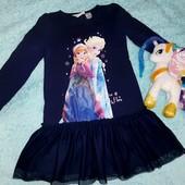 Очень красивое платье от Disney, на девочку 4-6 лет