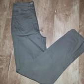 котоновые джинсы(смотрите фото и описание)
