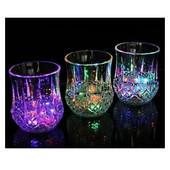 Готовим подарочки!!! Красивый Стакан с Led подсветкой! При покупке 5-ти стаканов 6-й в подарок!
