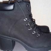 Классные фирменные женские ботинки Vagabond. 41р .Есть нюанс
