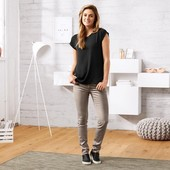 Стильные джинсы с напылением,Tchibo (Германия) размер 38 евро, наш 44-46.