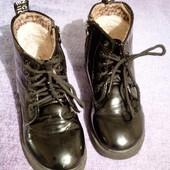 Ботинки детские демисезонные девичьи.
