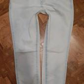 модные укороченные джинсы 31р. состояние новых