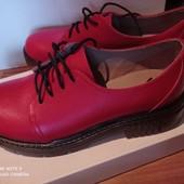 Новые фабричные кожаные женские туфли, р.37(36)