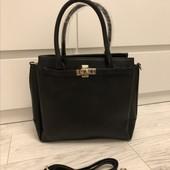 Очень классная новая сумка ,вместительная!!!