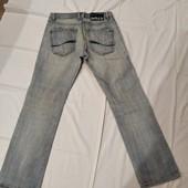 Укороченные мужские джинсы в хорошем состоянии