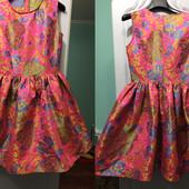 Очень дешево нарядные новые платья из дорогой парчи, р. 42-44, одно на выбор