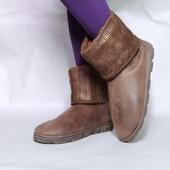 Легкие и удобные деми угги ботинки сапожки стелька 27 см