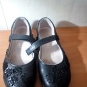 Туфли для девочки next б\у