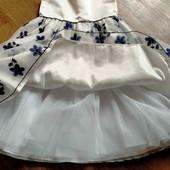 Нарядное платьице для маленькой принцессы