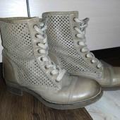 Полностью кожаные ботиночки Buffalo 36 р!
