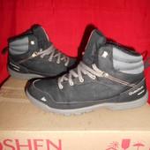 Quechua ботинки на флисе.размер 40.стелька 25.5 см.в хорошем состоянии.Оригинал!