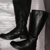 Демисезонные сапоги Clarks, 39 размер, на ножку 25.5 см, в отличном состоянии