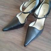Туфли женские чёрные, размеры 38 и 39