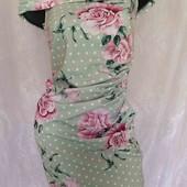 платье с розами и открытыми плечами