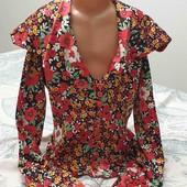 Красивая атласная блузка 38-40