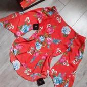 Блузка в цветы рукава с резинкой на плечах красивый рукав с разрезом