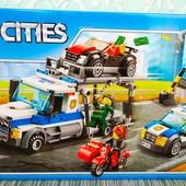 """  Конструктор """"Cities"""" 10658 Ограбление грузовика, 427 деталей  """