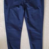 Гарні стрейчеві джинси р. 36