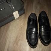 Хорошенькие женские туфли 40-41 рр