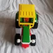 Шикарний тракторець