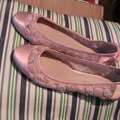 скидка на УП 10%!! нарядные туфли балетки 6/39 стелька 25,5 см на худые ножки