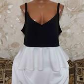 Новое женское платье с баской Boohoo, размер хл-ххл