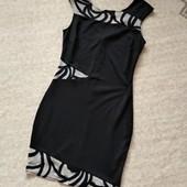 34-36р. Фигуристое платье со вставками сеточки Lipsy