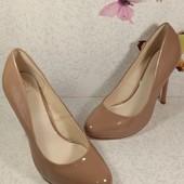 Лаковые туфли на каблуке Faith (Фейт) 38р.
