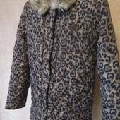 Суперова брендова куртка на дівчинку в ідеальному стані Дивіться заміри