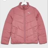Демисезон Puma оригинал. очень красивая, легкая куртка 11-12лет. подойдет на xxs