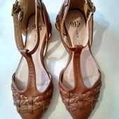 Туфельки босоножки для девочки, размер 35, стелька на ножку 20-20,5 см, на узкую ножку