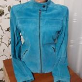 Красивая курточка-пиджак из натурального замша,шикарный цвет! S-M