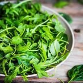 Руккола Деликатесная. Семена.Можно на улице и в доме. Содержит много витаминов и минералов.