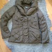 Шикарный пуховик!!! Курточка с обьемным воротником, внутри застежка жилетка, размер евро 36-38