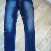 Фирменные джинсы /Bertoni /L(W-31,L-32)!!!