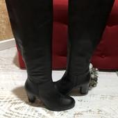Високі чоботи із натуральної шкіри,від Minelli,розмір 38,устілка 24,5