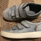Шкіряні кросівки Ecco розмір 30 стелька 18,5 ( фактично 19,5 см)