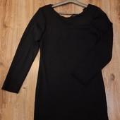 Маленькое черное платье S