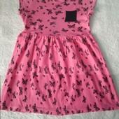 Красиве плаття з метеликами для дівчинки на 3-5 р.