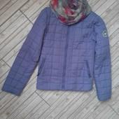 Брендова весняна курточка бузкового кольору